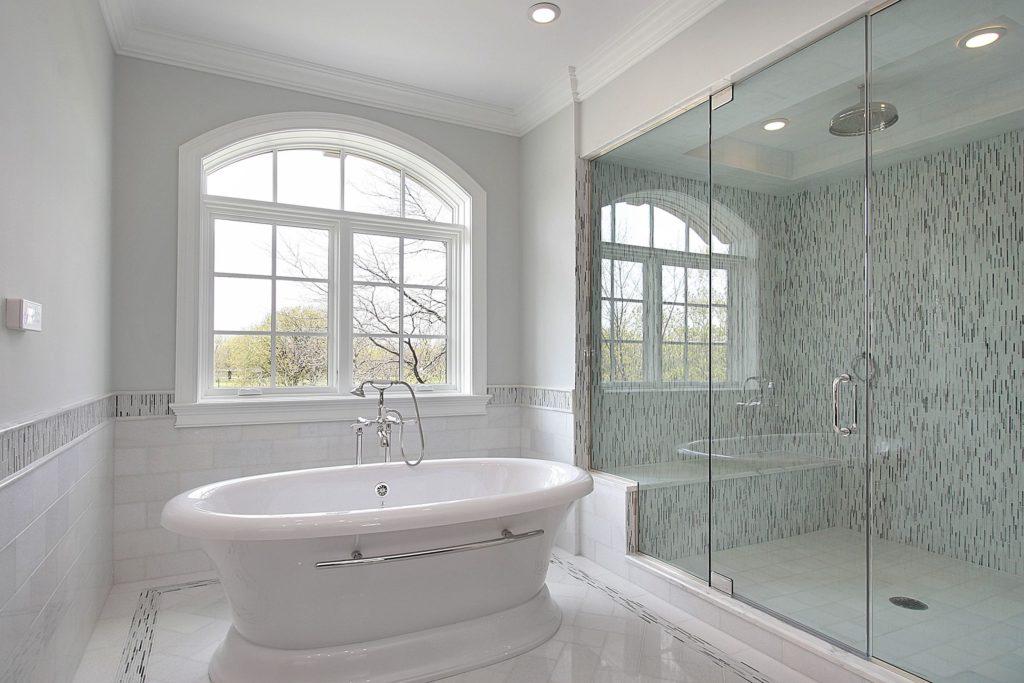 white tub.jpg